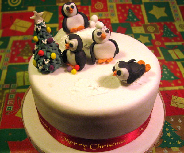 Penguin Christmas Cake Party