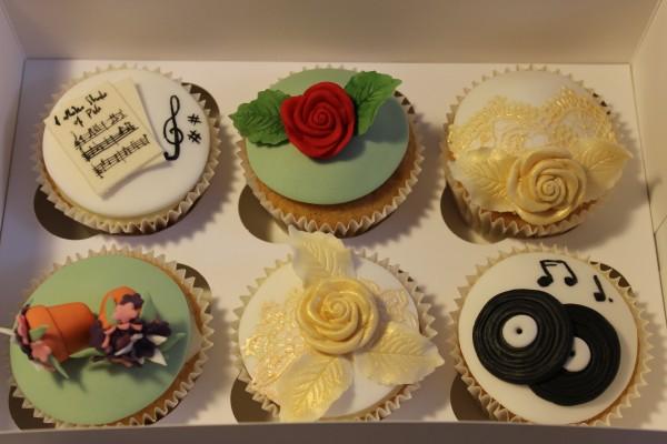 Music & Flowers Cupcakes
