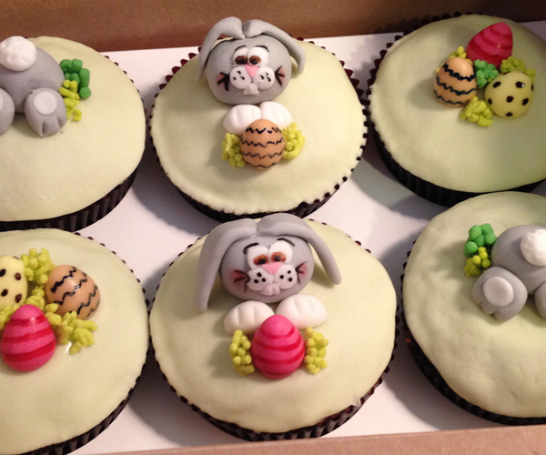 EJC_Cupcakes_EasterBunnies_01_web