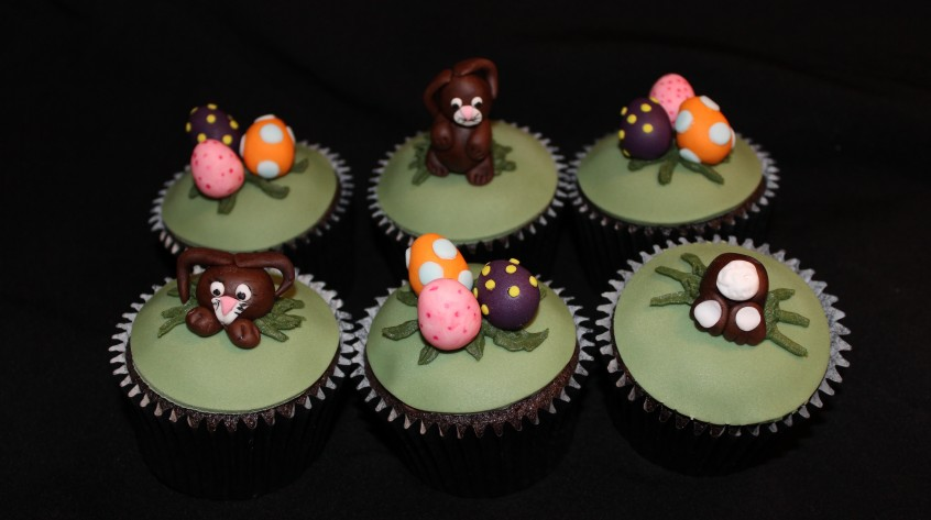 EJC_Easter_2015_cupcakes