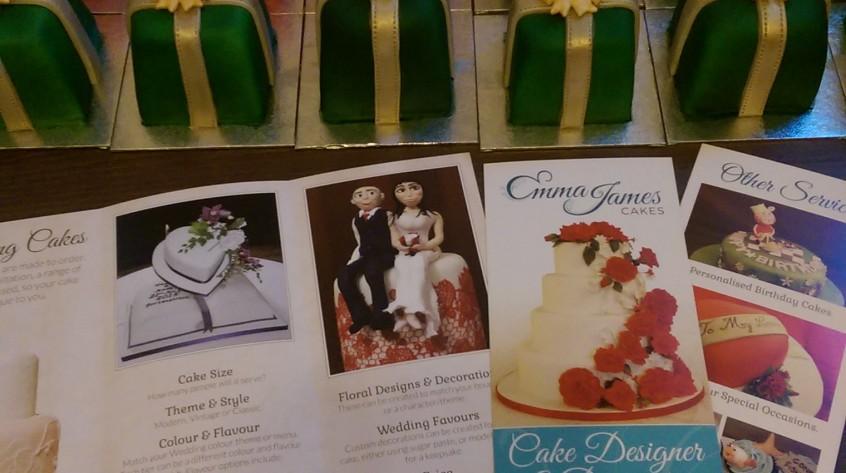 ejc_mini_christmas_cakes