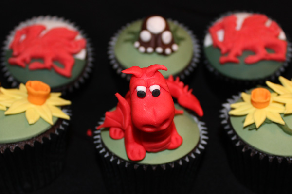 Welsh Dragon and Daffodils Cupcakes