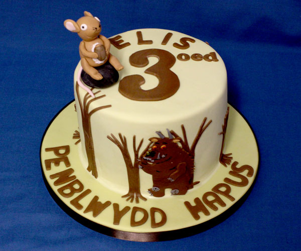 3rd Gruffalo and Mouse Cake