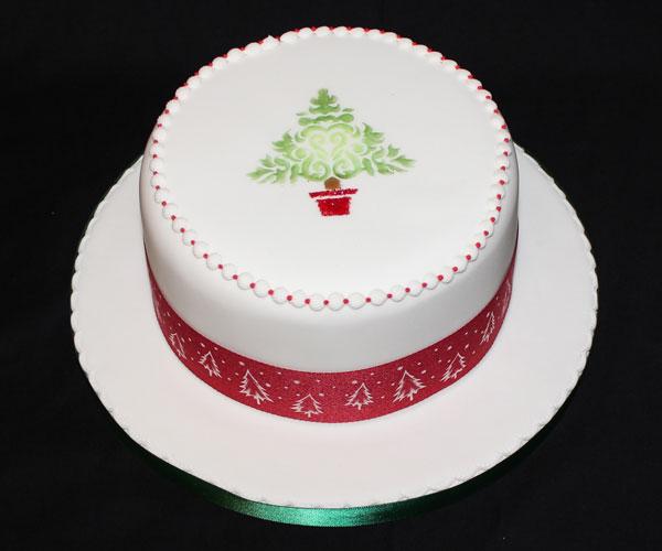 Stencil Christmas Tree Cake
